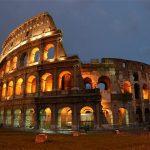 Амфитеатр Колизей в Риме (Италия)