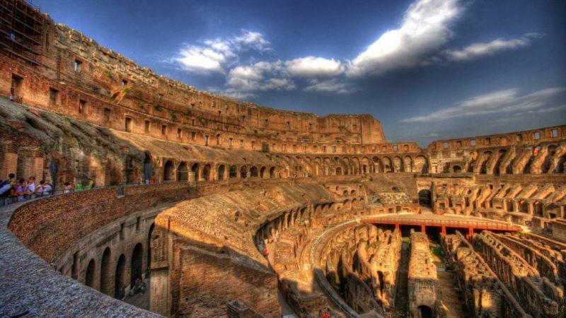 Колизей в древнем Риме фото внутри