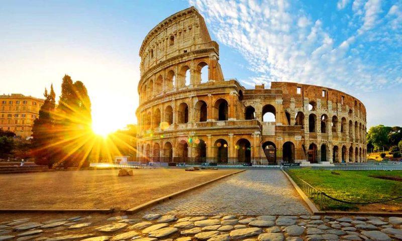 Колизей Рим фото амфитеатра