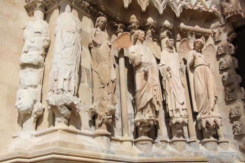 Реймсский собор статуи