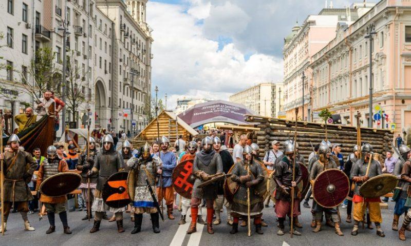 Фестиваль Времена и Эпохи 2020 коломенское фото