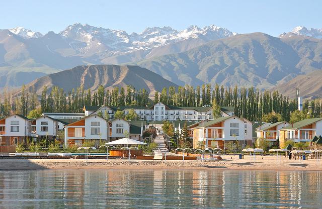 Озеро Иссык-Куль фото